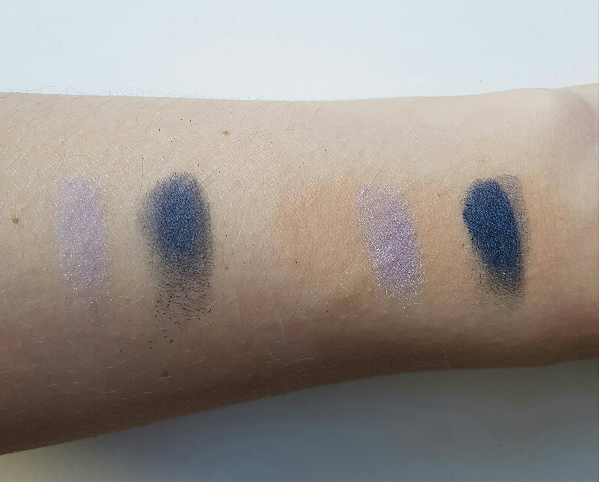 I Love Color Intensifying Eyeshadow Base by essence #15